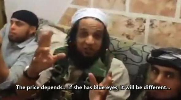 IŞİD seks kölesinin ifşaları : Biri her sabah kızları soyup...