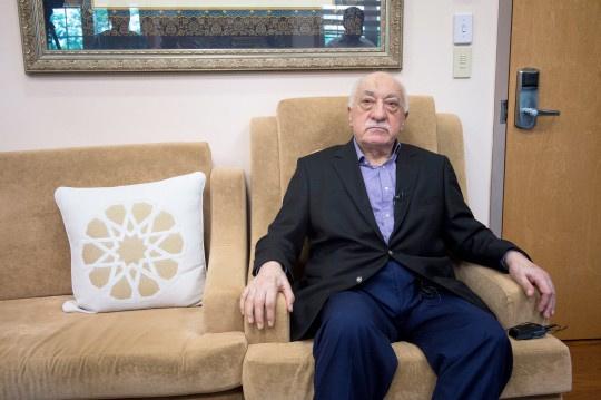 Gülen'den şok sözler: Vaazını dinlemeye gelen Hazreti Peygamber'e...