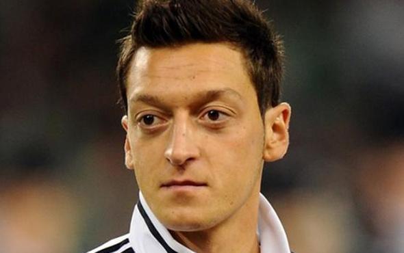 Mesut Özil'den memleketi Devrek'e spor tesisi