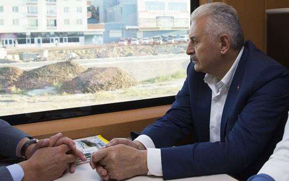Binali Yıldırım Ankara'ya YHT ile döndü