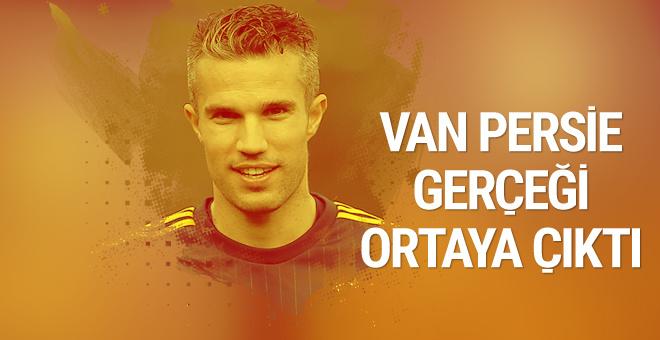 Robin van Persie transferindeki Giuliano Terraneo gerçeği!