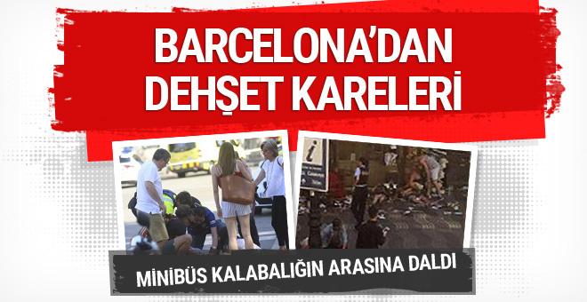 Barcelona'da minibüs kalabalığın arasına daldı