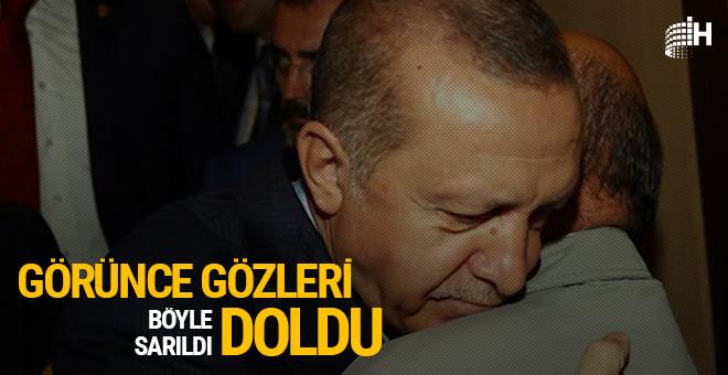Karşısında görünce Erdoğan'ın gözleri doldu