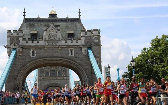 Londra maratonunda tarihi başarı