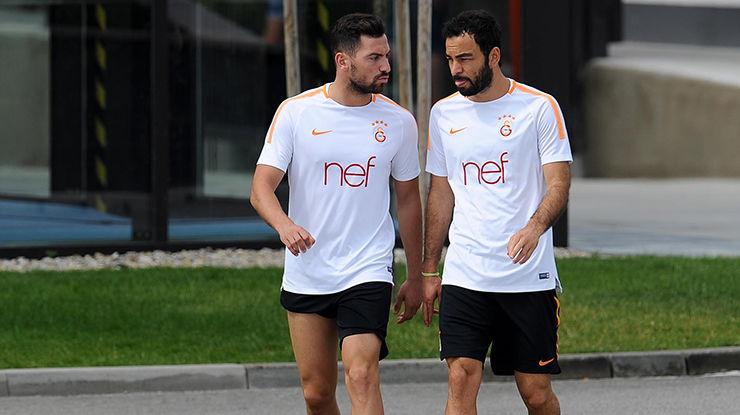 Galatasaray'da şok gelişme! Yıldız oyuncu ile yollar ayrılıyor