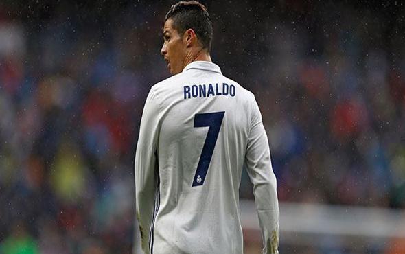 Ronaldo İngiltere'ye dönmek istiyor