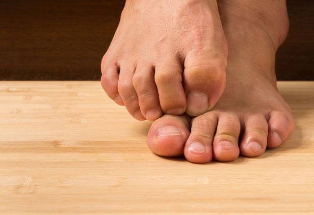 Ayak şişliği deyip geçmeyin o hastalığın belirtisi