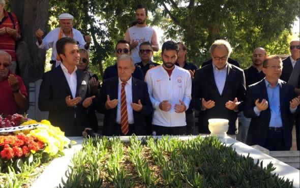 Galatasaray Metin Oktay'ı anıyor