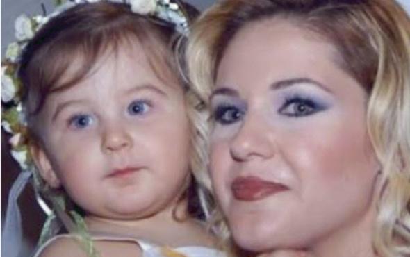 Emine Ün'ün kızı annesinin kopyası oldu