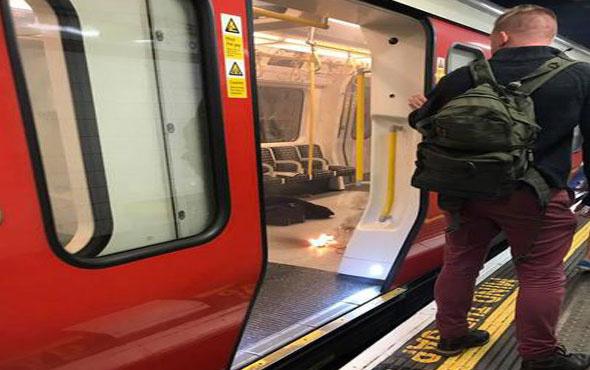 Londra'da patlama metro istasyonu boşaltılıyor