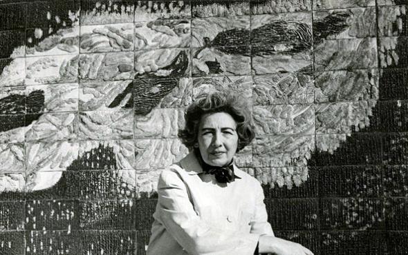 İlk Türk kadın seramik sanatçısı Füreya Koral'ın sergisi uzatıldı