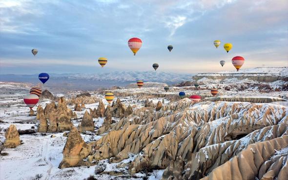 Turistler beyaz Kapadokya'ya hayran kaldı