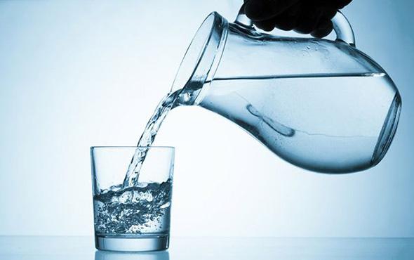 Günde 11 bardak su enfeksiyonları azaltıyor