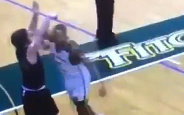 Basketbol maçında acımasız müdahale