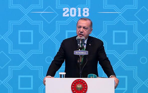 Erdoğan: Gençliği ihmal edenin istiklali tehdit altındadır
