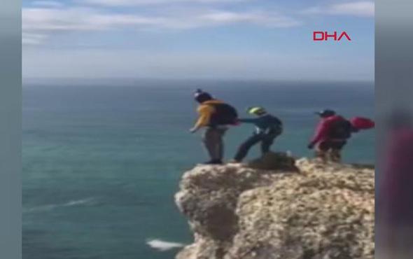Korkunç ölüm! Paraşütü açılmayan turist yere çakıldı