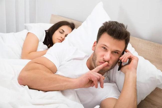 Eşlerin birbirini en çok aldattığı gün ve saat belli oldu işte o gün ve saatler