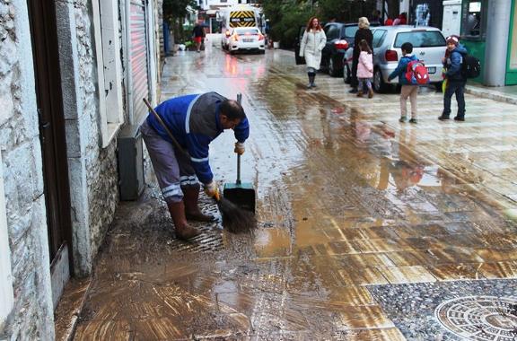Sel felaketi sonrası Bodrum'un hali içler acısı!