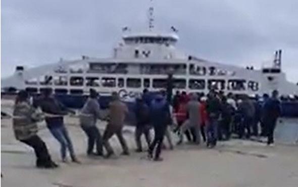 Vatandaşlar gemiyi halatla çekmişti Arıza nedeni utandırdı