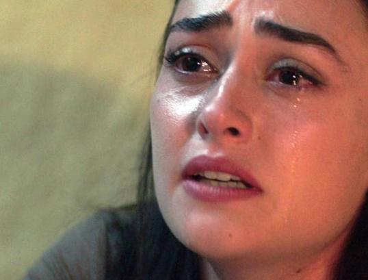 Kızının arkadaşıyla yattı! Kanal D Bir Umut Yeter dizisinde olay sahne