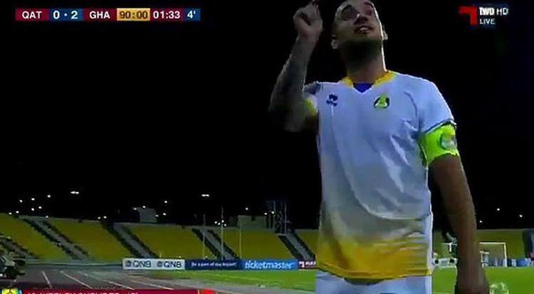 Sneijder Katar'da ortalığı karıştırdı!
