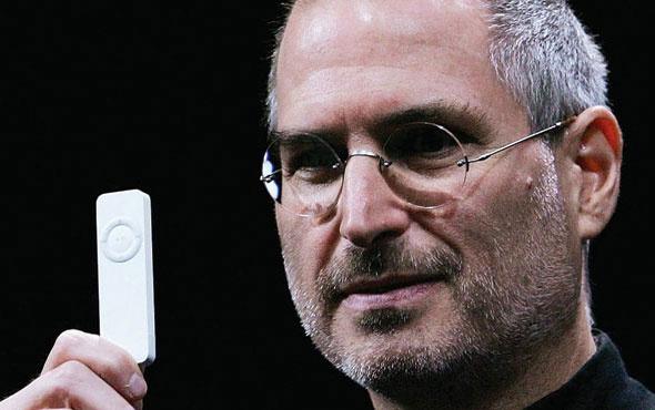 Steve Jobs'ın kartviziti rekor fiyata satıldı