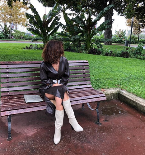 Bizim Hikaye'nin yıldızı Nesrin Cavadzade'nin derin yırtmacı yıktı geçti