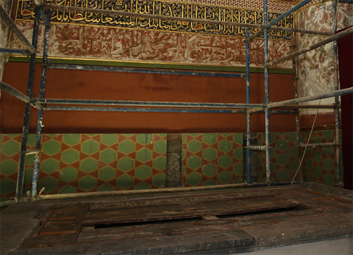 Mevlana'nın mezarına indi dili tutuldu o kabirle ilgili yeni gelişme