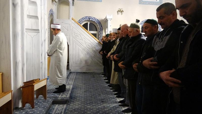 Trabzon'da cami imamı çözümü buldu cemaati ikiye katladı