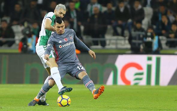 Beşiktaş maçında Konyaspor'un penaltısı verilmedi!