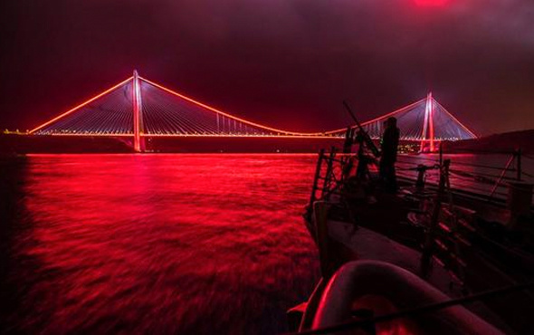 ABD donanmasından dikkat çeken 3. Köprü paylaşımı!