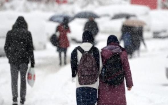 Ankara'da yarın okullar tatil mi Valilik 1 Mart tatil kararı