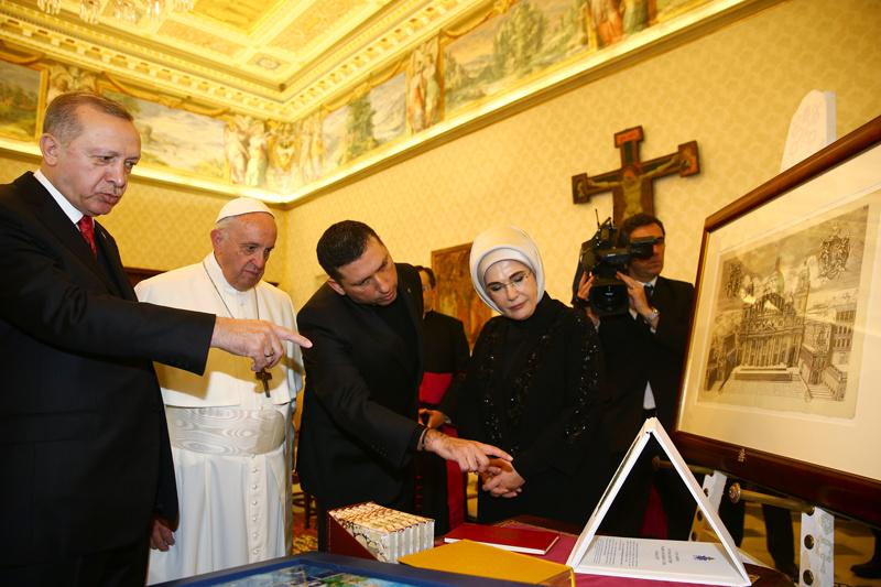 Erdoğan-Papa görüşmesinden bomba detay! Masada ikisi de...
