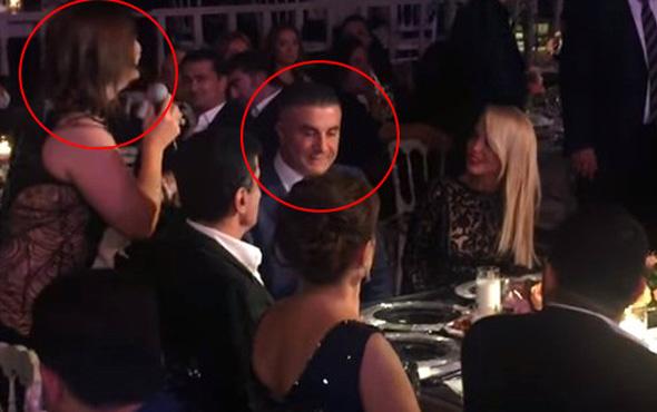 Sedat Peker, eşinin yanında Sibel Can'ın yüzüne bakmadı