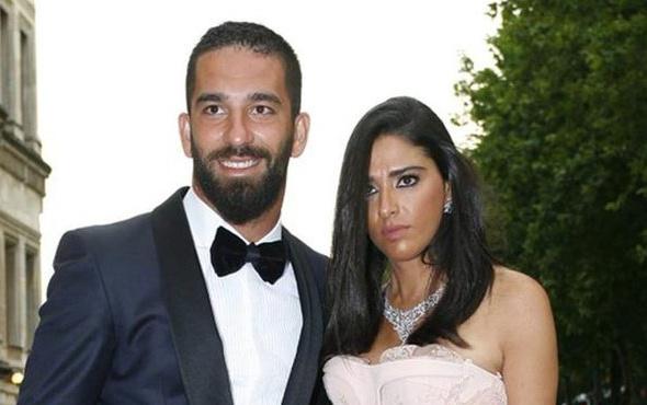 Arda Turan'dan Aslıhan Doğan'a evlenme teklifi