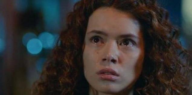 Kadın dizisi setinde olay seti bastı Şirin'i canlandıran Seray Kaya'ya saldırdı
