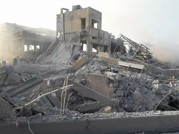 Füzeler yerle bir etti İşte Suriye'de vurulan hedefler