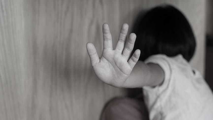 Bu babaya lanet olsun yıllarca tecavüz etti jinekolog 'Unutun gitsin' dedi