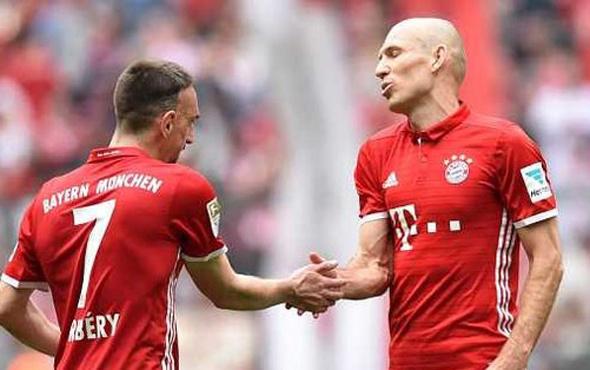 Bayern Münih'ten Arjen Robben ve Rafinha açıklaması