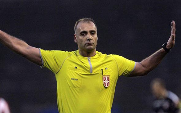Olmayan penaltı hakemi tutuklattı!