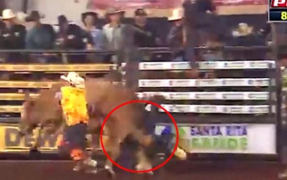 Brezilya'da Rodeo oyuncusu boğanın altında kalarak hayatını kaybetti