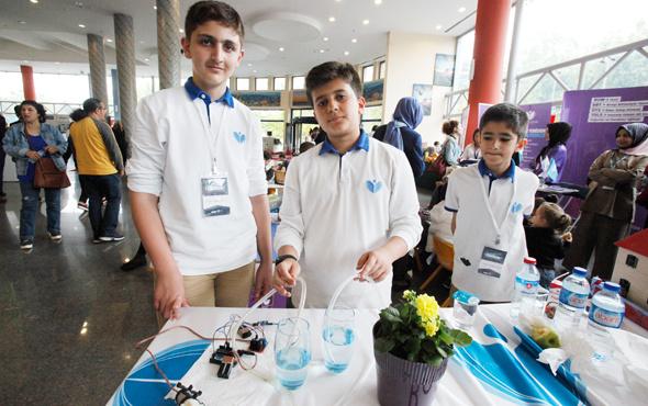 Genç mucitler çiçek sulama robotu yaptı
