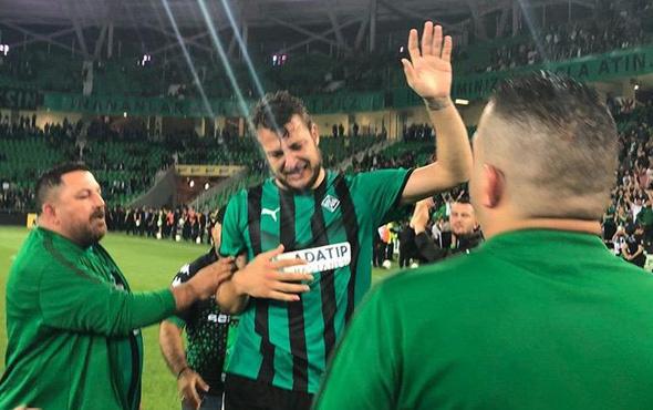 Finalde cezalı duruma düşen Batuhan, maç sonu ağladı