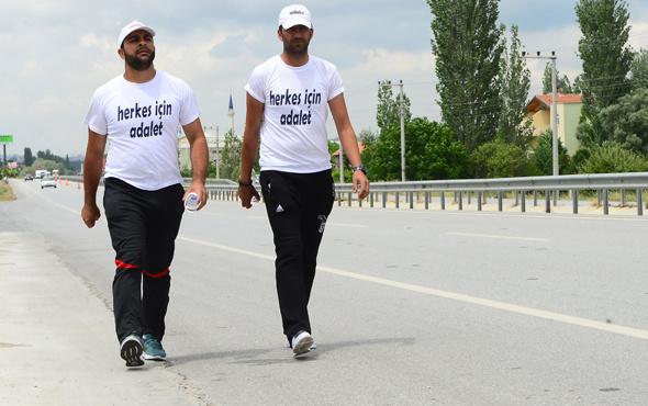 İşçilerin CHP Genel Merkezi'ne adalet yürüyüşü sürüyor