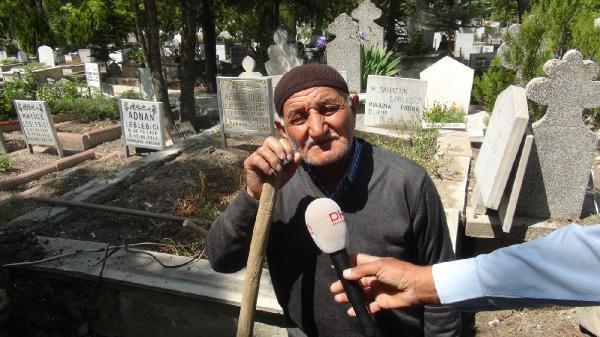 Mezarlıkta ağlayan kız olayında yeni gelişme! Ağladığı mezar...