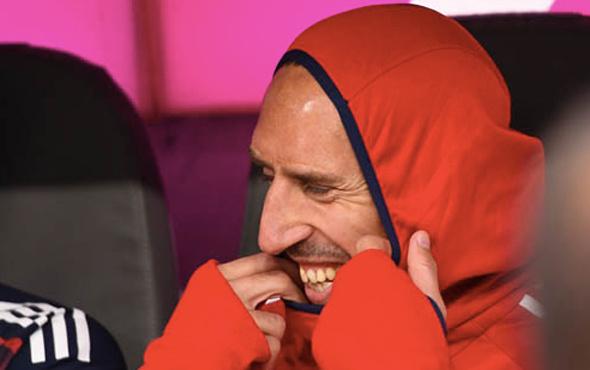 Frank Ribery 1 yıl daha Bayern Münih'te.