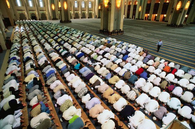 Kadir Gecesi neler yapılır ibadetleri ve okunacak en değerli Kadir Gecesi duası
