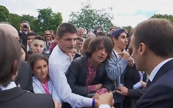 Cumhurbaşkanı, lise öğrencisini kötü azarladı!