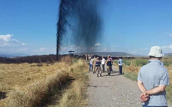 Petrol boru hattında patlama: Metrelerce yükseğe fışkırdı!