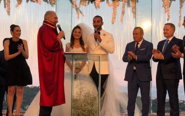 Volkan Babacan evlendi! Eşi kimdir ne iş yapıyor?